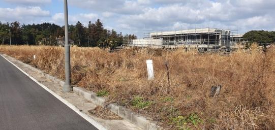 송당리 마을 인근 기반시설 완비된 단독주택용 작은토지 / 제2공항 인근 수혜지 사진정보